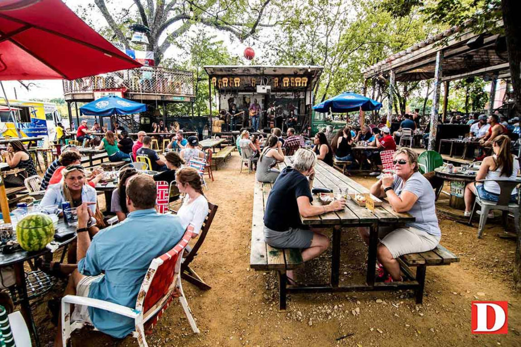 Top 8 Dog Friendly Restaurants Dallas Paw Lofts